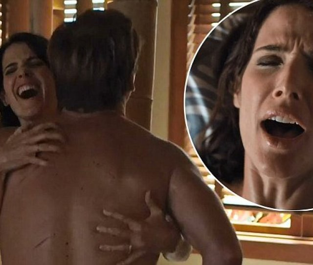 Cobie Smulders And Her Co Star Nat Faxon Strip Completely Naked For Very