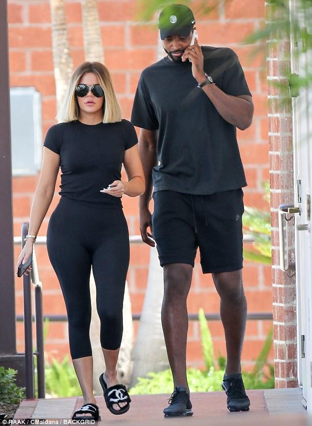 Khloe Kardashian and Tristan Thompson coordinate in black ...
