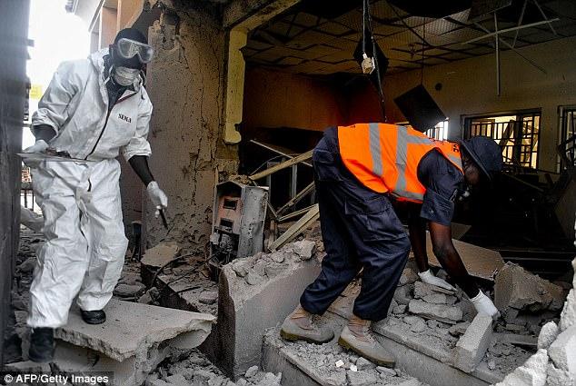 El investigador agregó que una ciudad golpeada duramente por los bombardeos, Maiduguri, ha comenzado una campaña para traer la conciencia a las mujeres y los bombarderos infantiles, encontrándole más fácil identificarlos (representado: el personal de emergencia trabaja en el sitio de una explosión en el campus de Maiduguri Edificios universitarios y residenciales el 26 de junio de 2017)