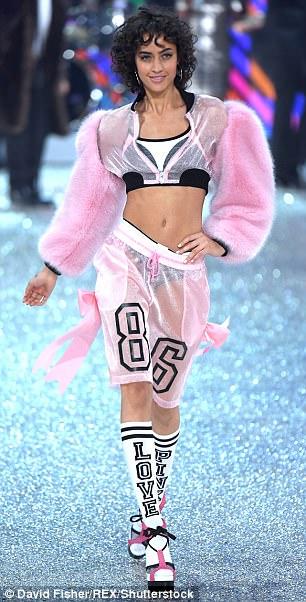 Behati Prinsloo Victorias Secret Fashion Show 2017