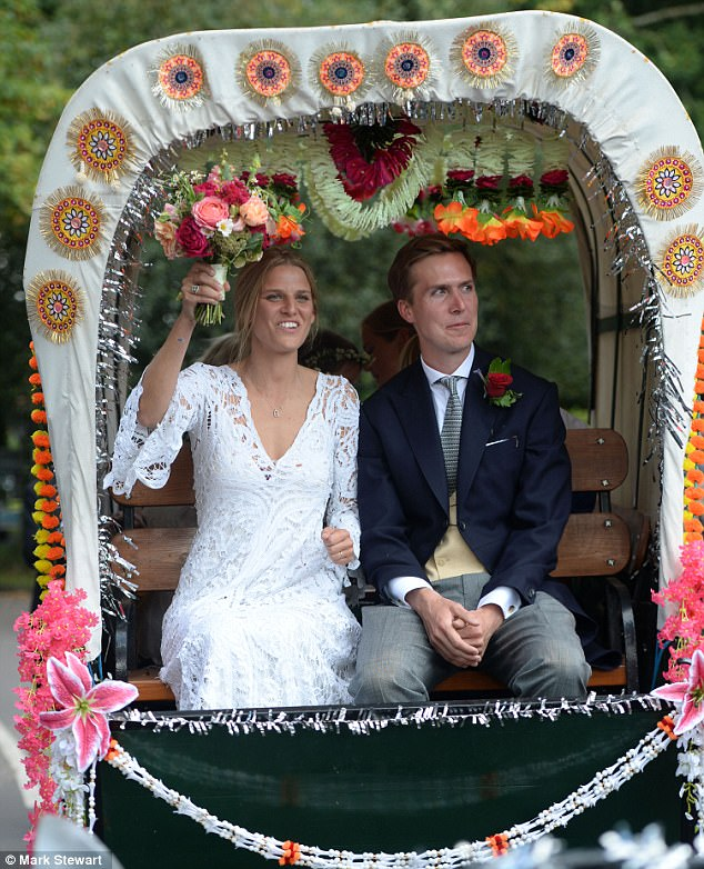 Princess Beatrice Attends Eliza Fergusons Wedding Daily