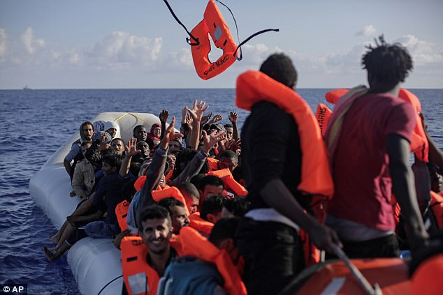Más de 600.000 inmigrantes han llegado a Italia por vía marítima desde Libia desde 2014, con 12.000 muertos durante el cruce