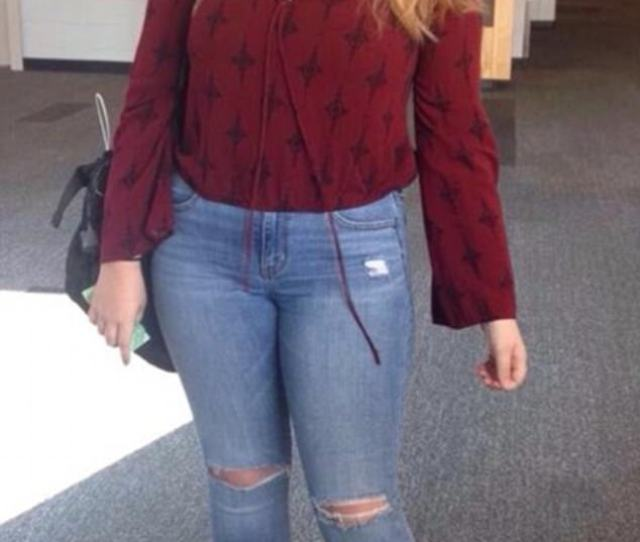 Dress Coded Melissa Barber Says Her Daughter Kelsey Anderson 17 Pictured