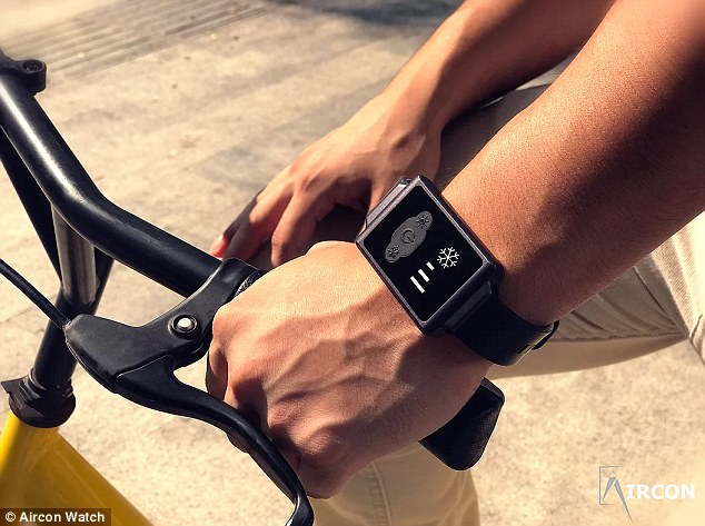 The strap of the watch contains a device that delivers pulses of heat and cold. These pulses interfere with signals that the nervous system sends to the part of the brain that regulates temperature