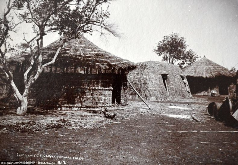 This interesting image showsCaptain Lawly's camp in Victoria Fall's in Bulawayo