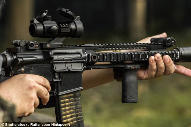 The M4 rifle is currently used by the Australian Federal Police that guard Parliament House