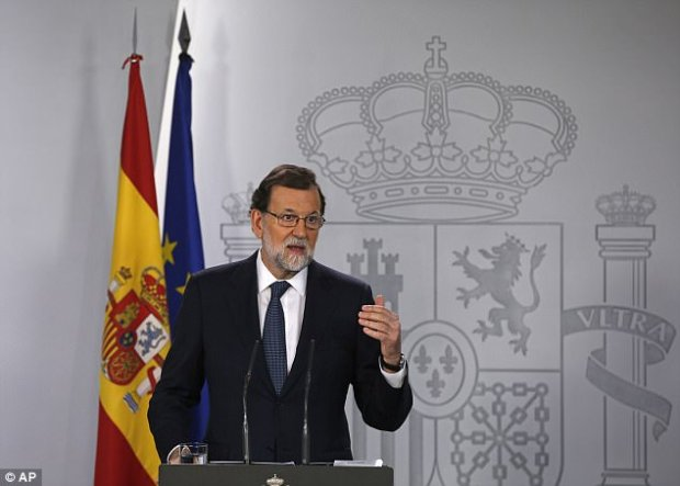 Spain's prime minister Mariano Rajoy has rejected any possibility of dialogue unless Mr Puigdemont backtracks, returns 'to legality' and takes independence off the table