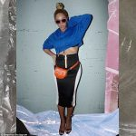 Beyonce Shows Off Tight Abs In New Instagram Photos