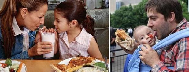 Mientras que madre e hija disfrutan de un batido de leche juntas en este complemento, a la izquierda, papá usa a su pequeño como un plato improvisado en su lugar