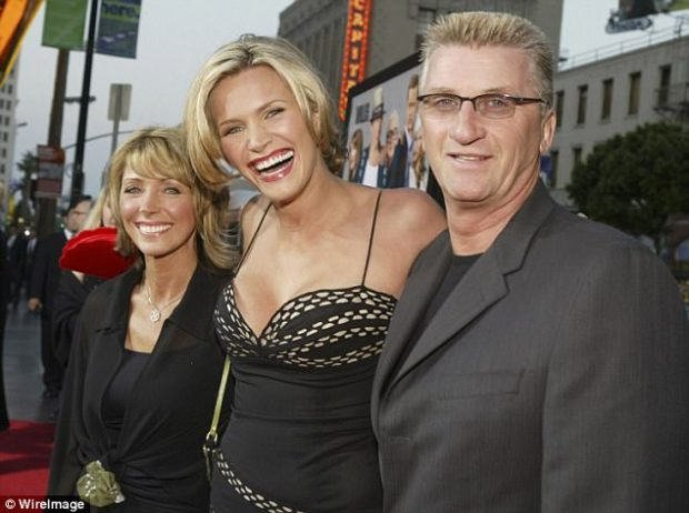 Support system:The most difficult moment came when Henstridge spoke about having to tell her parents about Ratner's alleged assault (above with her parents Helen and Brian in 2004)