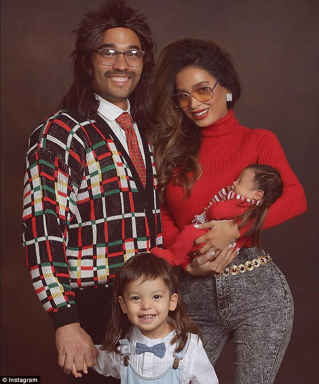 Sarah Stage Shares Her Familys 80s Themed Christmas Card