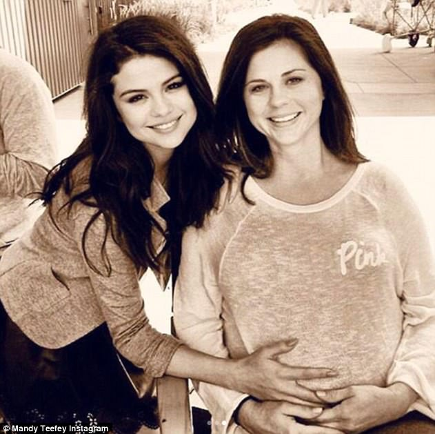 Blast from the past: After her miscarriage of Scarlett in 2011, Mandy gave birth to a daughter named Gracie on June 12, 2013; Selena pictured with Mandy while pregnant with daughter Gracie