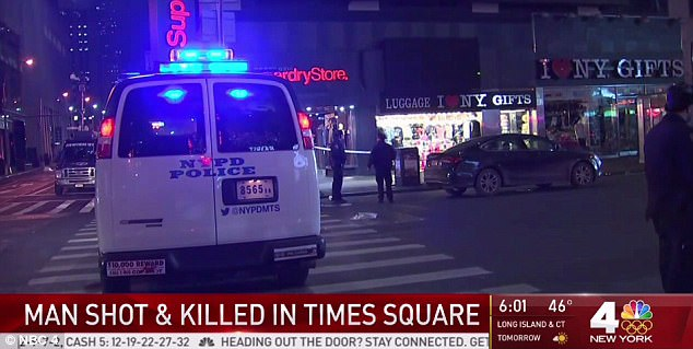 It's believed the victim was partying at the bar before the shooting.Police said the suspect, who was wearing a black skull cap and black jacket, fled the scene on foot