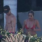 Jennifer Aniston And Justin Theroux Romantic Getaway in Mexico