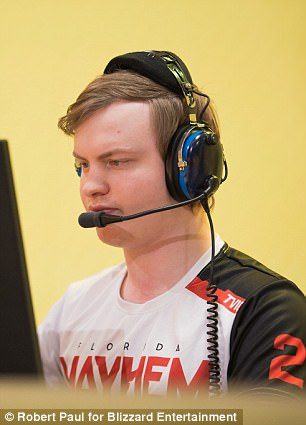 Florida Mayhem looked dreadful and with no substitutes, don't have a back up plan