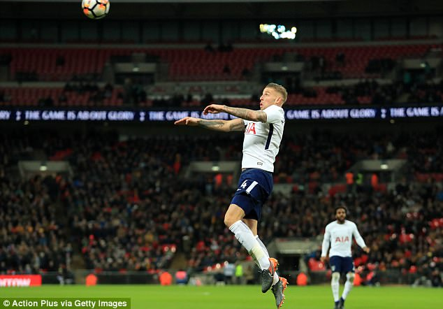 Toby Alderweireld has stalled over contract talks and Manchester United are watching