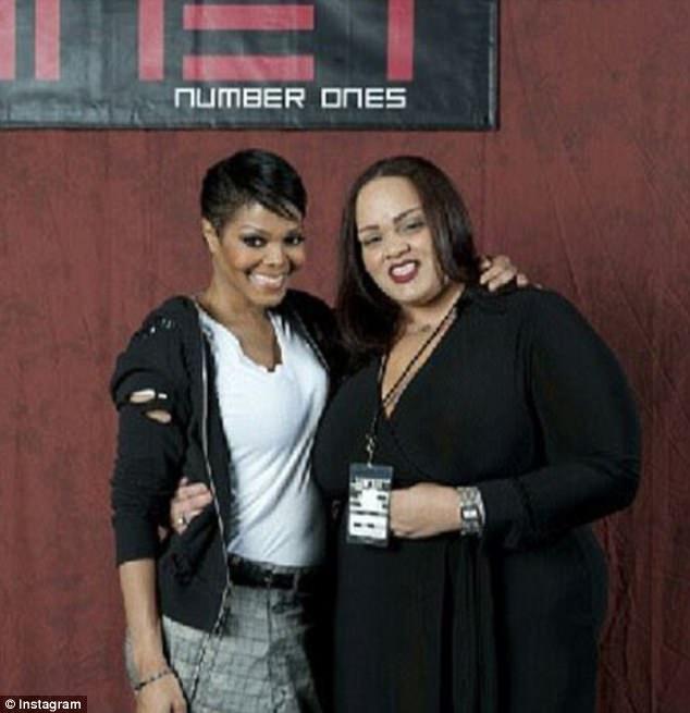 Joh'Vonnie conheceu sua meia-irmã Janet quando tinha 15 anos, mas ela afirma que o cantor nunca quis ter um relacionamento com ela
