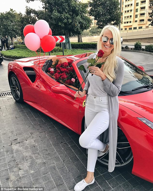 Supercar Blondie Gets Ferrari Filled With 1000 Roses