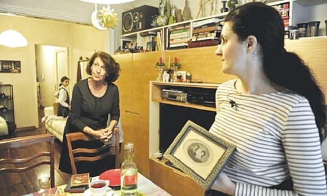YASMIN Rostomyan and her mother Susan Rostomyan at home in Istanbul.—AFP