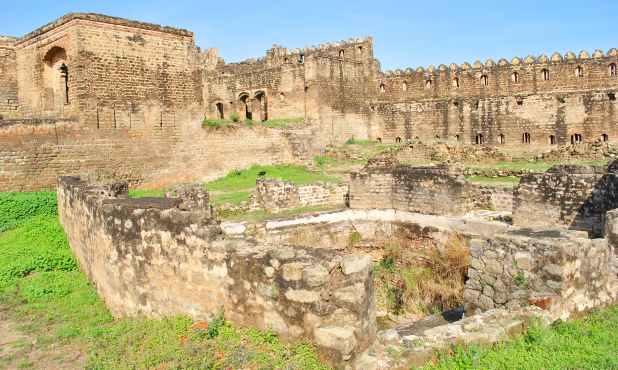 2005 کے زلزلے میں بھی اس قلعے کو شدید نقصان پہنچا۔