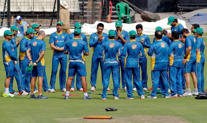 پ- پاکستان ٹیم سیکیورٹی تنازعات میں الجھنے کے بعد ورلڈ ٹی ٹوئنٹی میں پہلی دفعہ ہندوستان کو ہرانے کے لیے پرعزم—فوٹو: اے پی