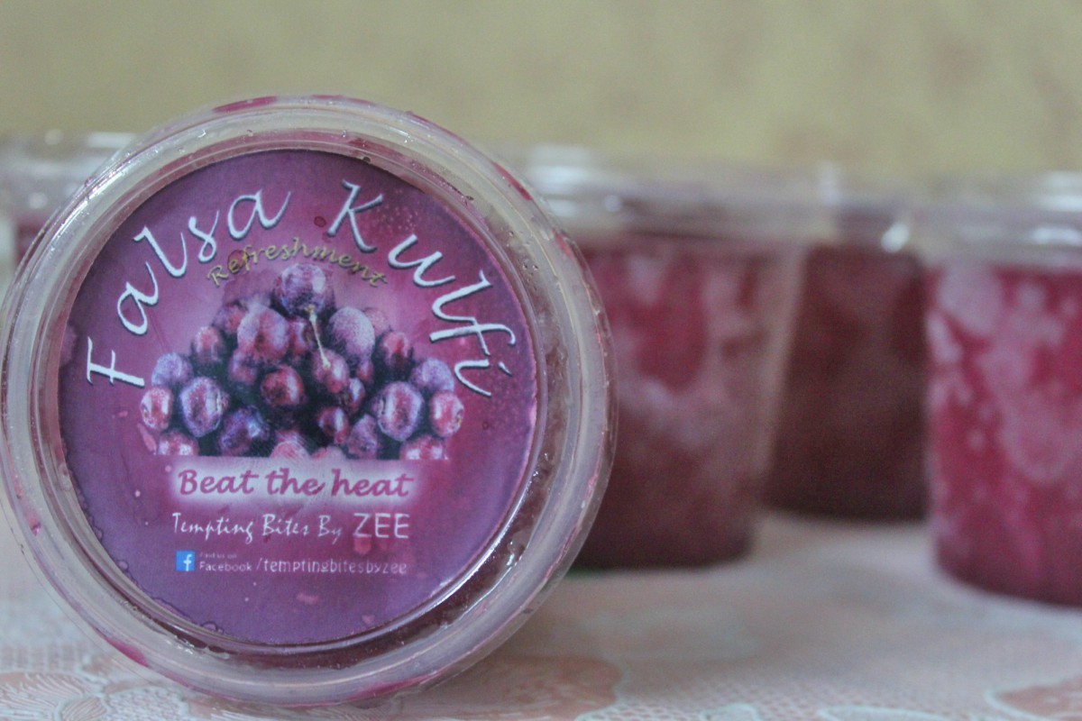 The falsa kulfi come in little bottles. That meant I had to share!