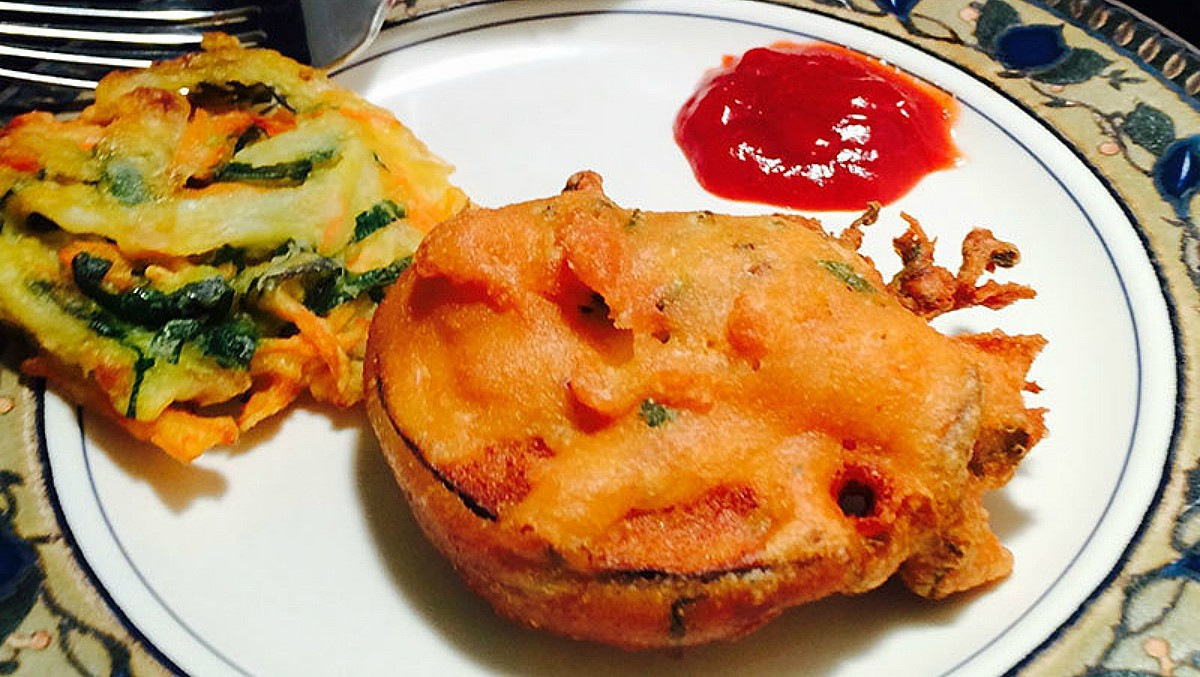 Make your pakora as healthy as possible or swap with other favourites - Photo by Bisma Tirmizi