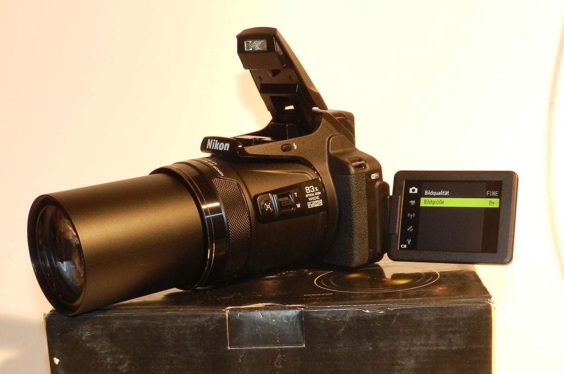 Nikon COOLPIX P900 Bridgekamera - 83-fach optischer SUPERZOOM