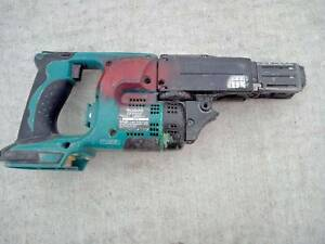 Makita 18V Autofeed Collated Screw Gun, and other makita ...