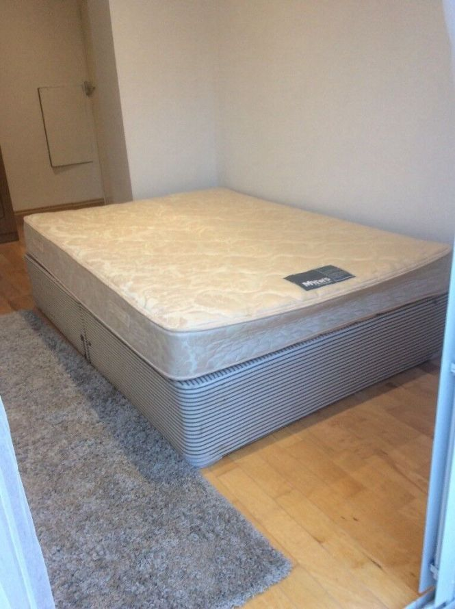 2 Double Beds 30 Each And One Single Bed 25 All With