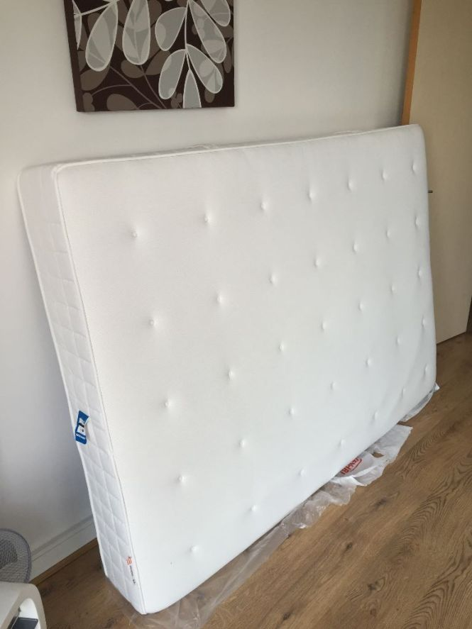 Ikea Hyllestad Pocket Sprung Firm Mattress With Memory Foam Layer Barely Used