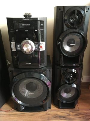 Panasonic SAAK770 stereo system with subwoofer | in