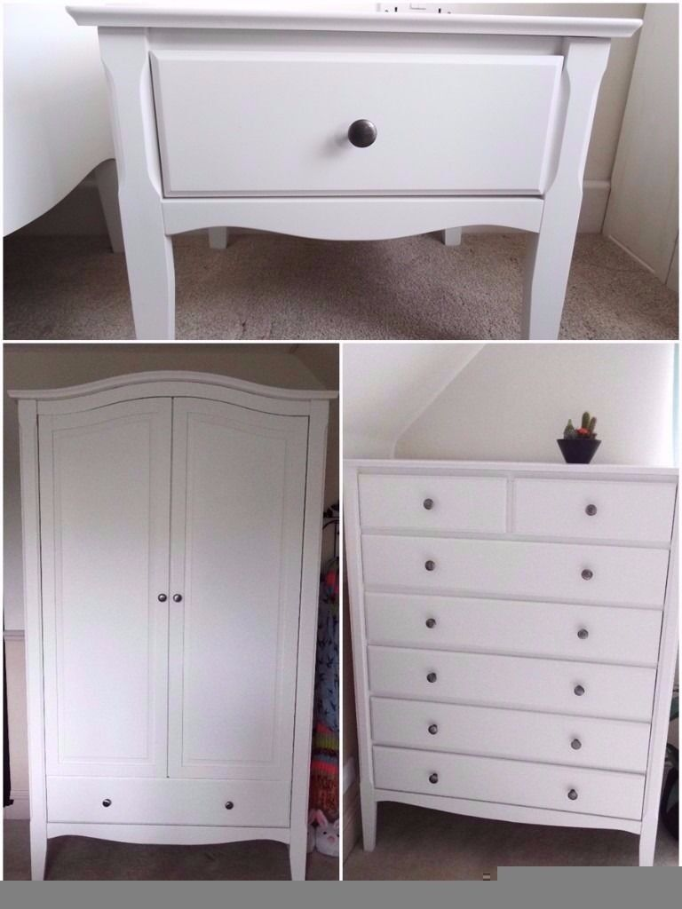 Schreiber White Wooden Double Wardrobe Chest Of Drawers Bedside Unit Vintage Bedroom Set