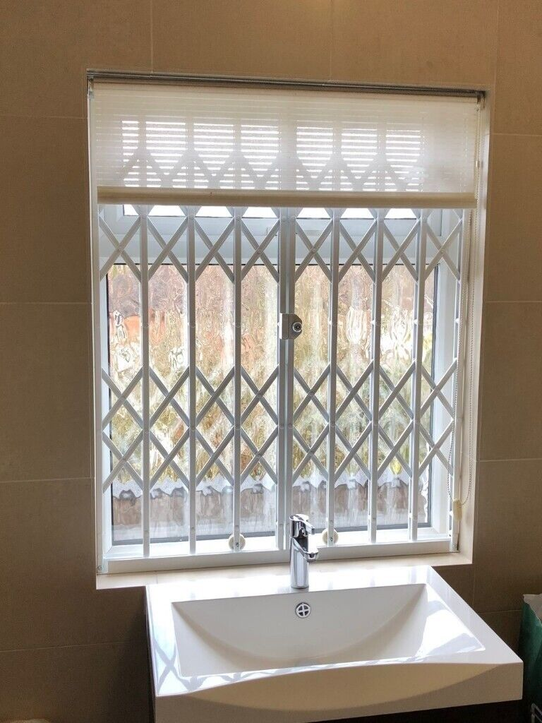 Folding Concertina Security Grilles For Home Business