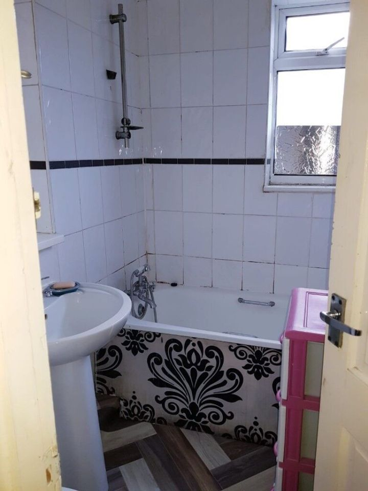 2 Bed First Floor Flat To In Eastham Part Dss Welcome 1200