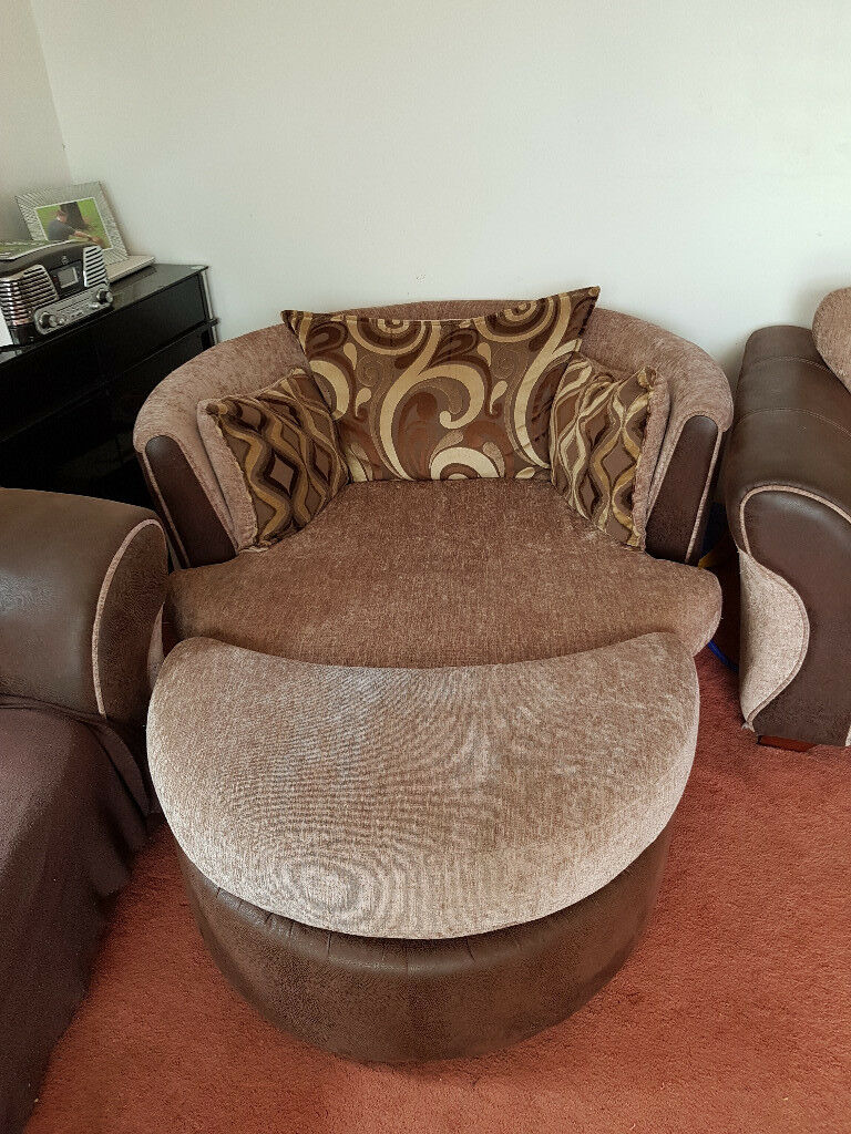 Round Swivel 2 Seater Chair In Peacehaven East Sussex Gumtree