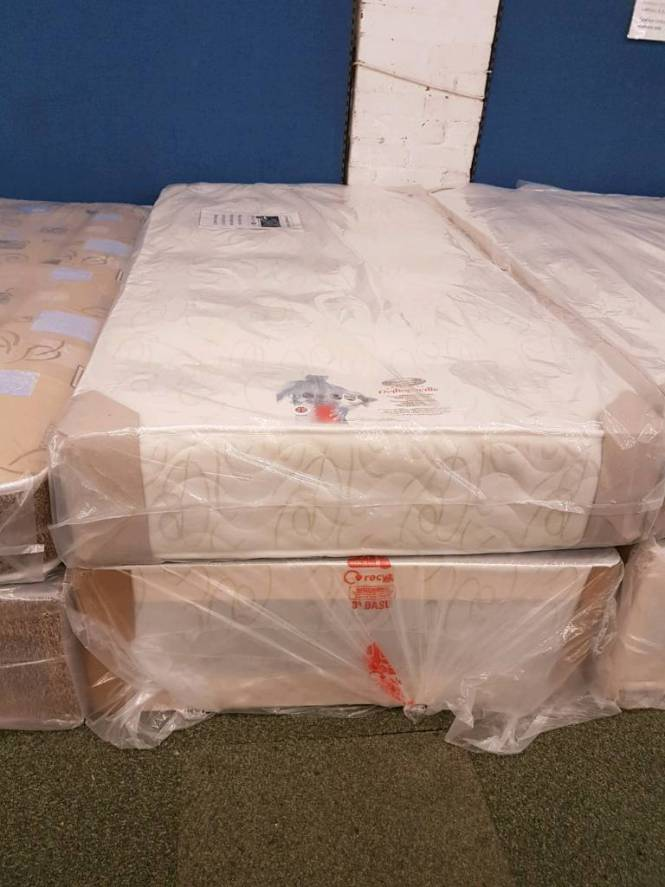 Excelsior Deluxe Orthopaedic Single Mattress And Divan Base Set