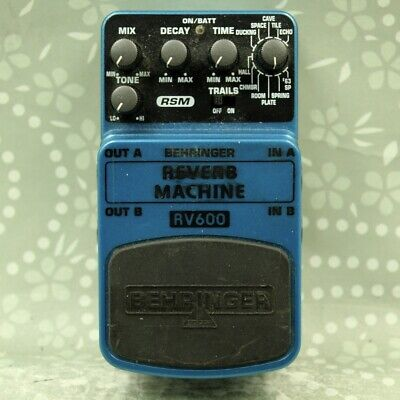Behringer RV600 REVERB MACHINE guitar effect pedal