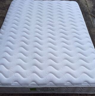 Memory Foam And Bamboo Double Mattress As New