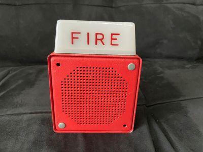 *Vintage* *Rare* Wheelock ES-EL1-WS-24 Fire Alarm Horn/Strobe
