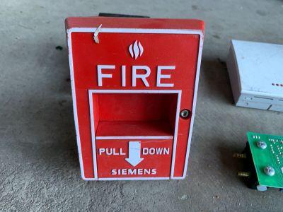Siemens MSI-10B Addressable Fire Alarm Pull Station