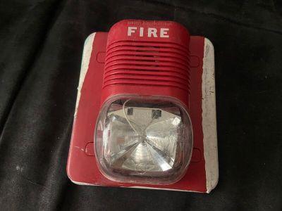 System Sensor P241575 SpectrAlert Fire Alarm Horn/Strobe Wall Red