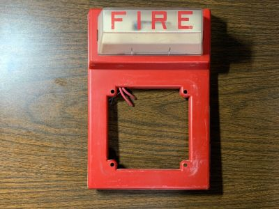 Simplex 4903-9101 Fire Alarm Strobe Plate Wall Red