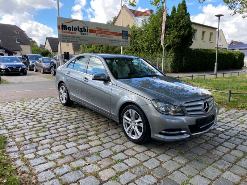 Mercedes-Benz C 180 CGI BlueEfficiency Avantgarde*PDC*TOP*SHZ*