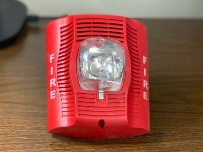 System Sensor SPSRH Fire Alarm Speaker/Strobe Wall Red (No Mounting Bracket)