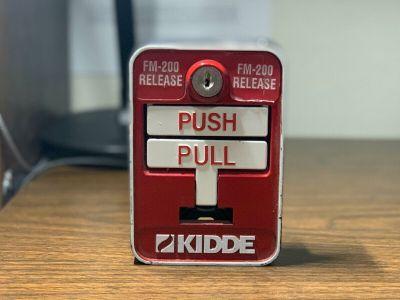 Kidde Det-Tronics FM-200 Release Fire Alarm Pull Station Tbar Red