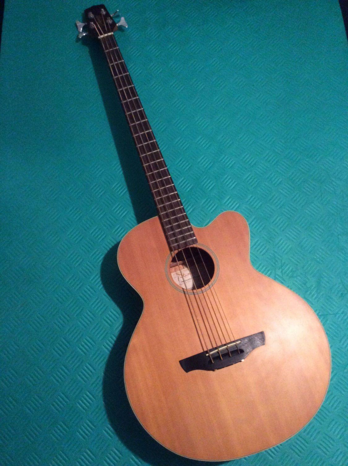 Takamine Akustik Bass EG 512C