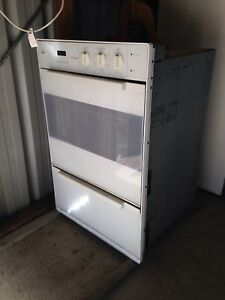 St George Wall Oven For Repair Or Parts