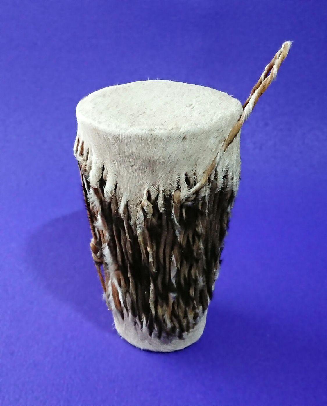Busch-Trommel | Original Elfenbeinküste (Côte d'Ivoire), 70er-Jahre, echtes Fell
