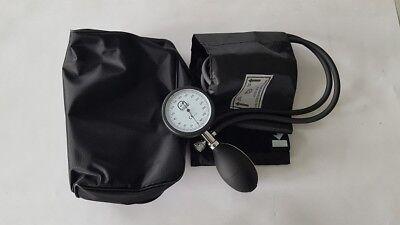 Blutdruckgerät Oberarm mit oder ohne Stethoskop Blutdruckmeßgerät Krankenpflege